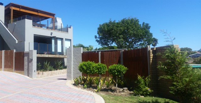 Property & Real Estate Sales - House in Mossel Bay, Mosselbaai, Western Cape / Weskaap, South Africa