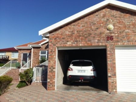 Property & Real Estate Sales - House in REEBOK, Mossel Bay, Reebok, South Africa