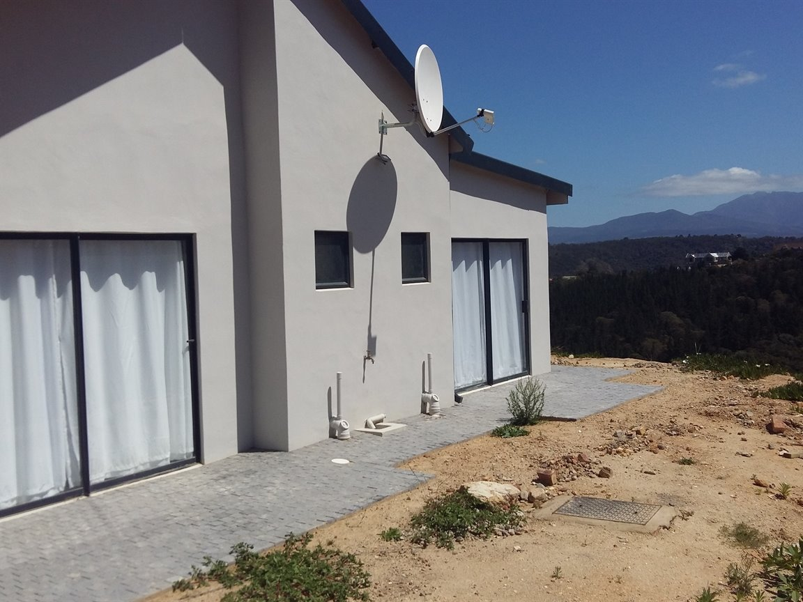Large Property With Lovely House For Sale, Great Brak River