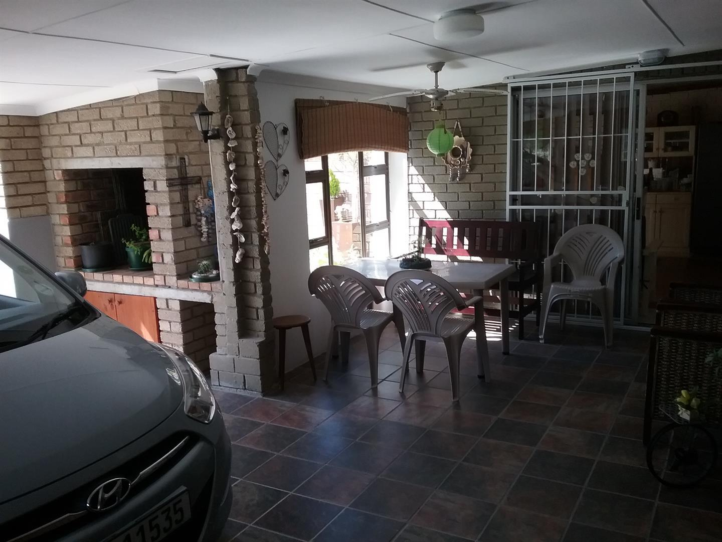 Property & Real Estate Sales - Property Ref HGR - 252568 - House in Little Brak River, Mossel Bay, South Africa